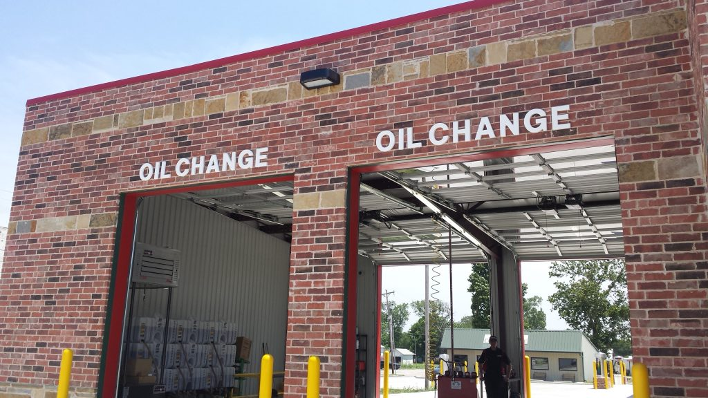 Texoma Pit Stop | Quick Lube And Oil Change Service